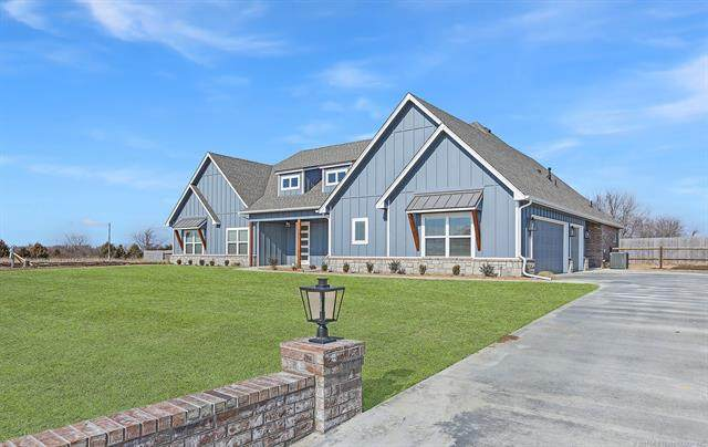 7111 E 140th Street N, Collinsville, OK 74021 (MLS #2040947) :: RE/MAX T-town