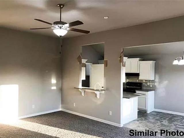 13550 N 129th East Place, Collinsville, OK 74021 (MLS #2040965) :: 918HomeTeam - KW Realty Preferred