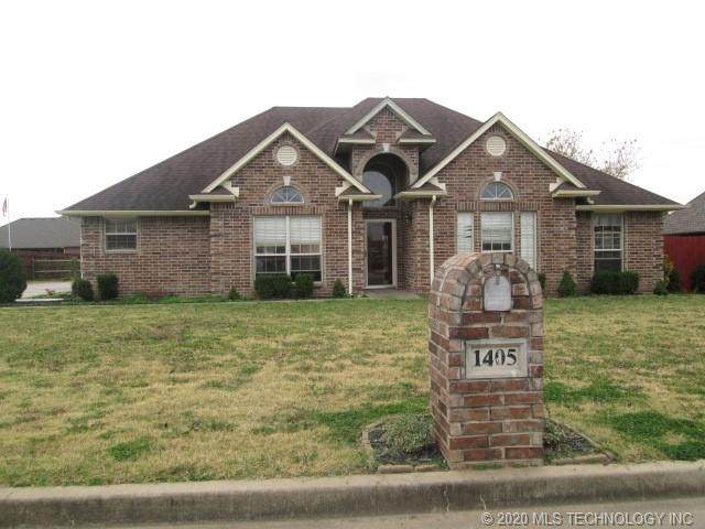 1405 Hickory Hills Drive, Fort Gibson, OK 74434 (MLS #2041953) :: Hometown Home & Ranch