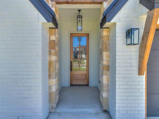 2948 S 142nd Court S, Bixby, OK 74008 (MLS #2043450) :: Hopper Group at RE/MAX Results