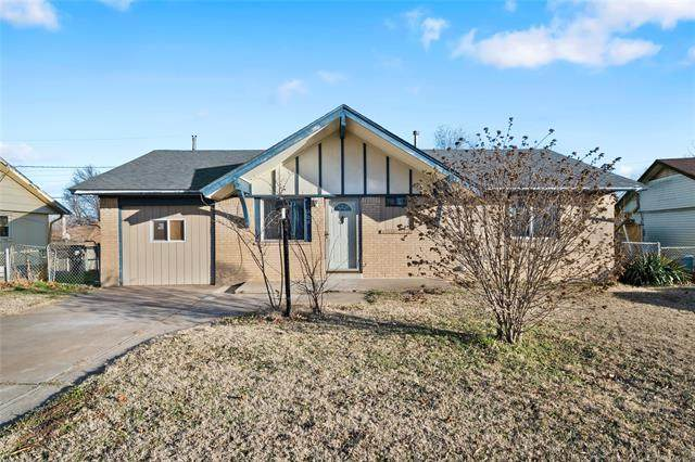 109 S 185th East Avenue, Tulsa, OK 74108 (MLS #2043714) :: 918HomeTeam - KW Realty Preferred