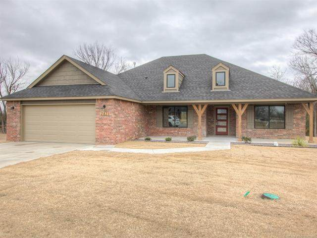 787 E 139th Place, Glenpool, OK 74033 (MLS #2043898) :: Hopper Group at RE/MAX Results