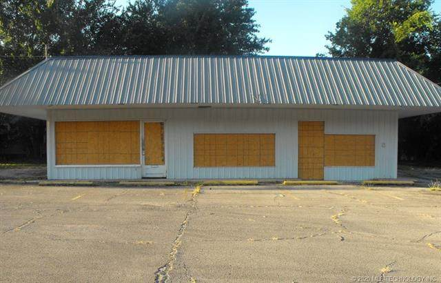 1907 Gibson Street, Muskogee, OK 74403 (MLS #2044401) :: Owasso Homes and Lifestyle