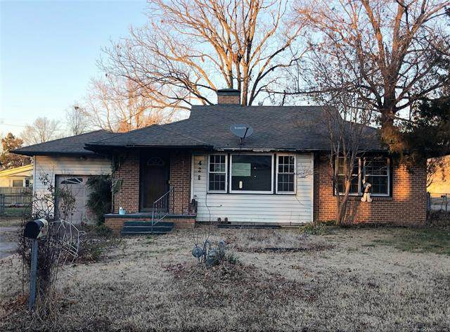 428 E 10th Street, Claremore, OK 74017 (MLS #2100287) :: Hopper Group at RE/MAX Results