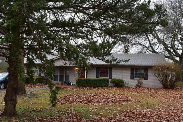 1100 Turpin Lane, Tahlequah, OK 74464 (#2100361) :: Homes By Lainie Real Estate Group