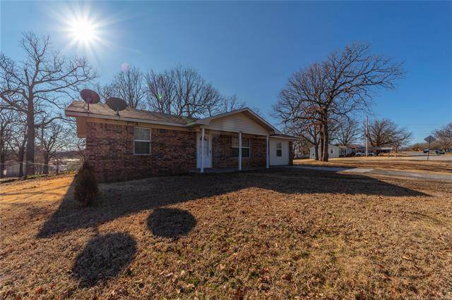 1002 E Taylor Avenue, Mcalester, OK 74501 (MLS #2100642) :: Hopper Group at RE/MAX Results