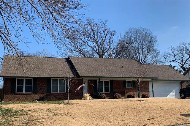 1204 N Miller Drive, Claremore, OK 74017 (MLS #2100793) :: Hopper Group at RE/MAX Results