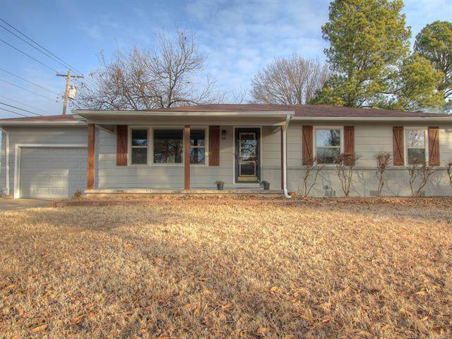 2400 Georgia Avenue, Muskogee, OK 74403 (MLS #2101128) :: Owasso Homes and Lifestyle