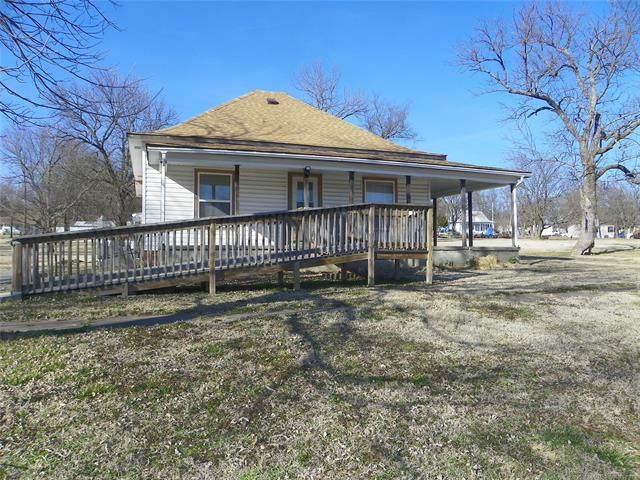 206 E Main, Wann, OK 74083 (#2104106) :: Homes By Lainie Real Estate Group
