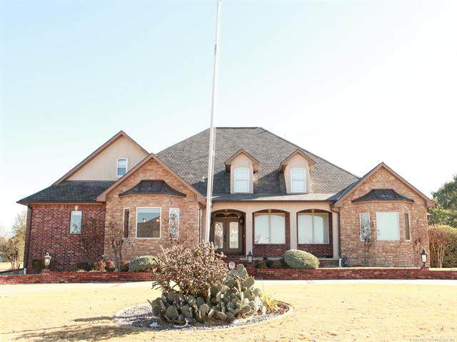 8811 Highland Drive, Broken Arrow, OK 74014 (MLS #2104224) :: Hopper Group at RE/MAX Results