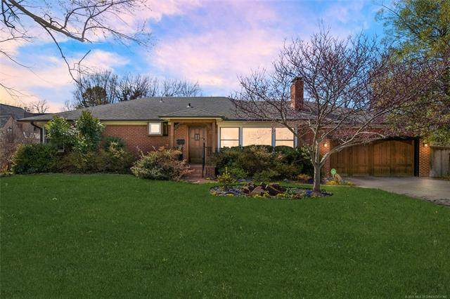 2340 S Delaware Place, Tulsa, OK 74114 (MLS #2104292) :: Owasso Homes and Lifestyle