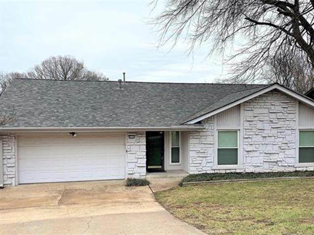 8219 S College Avenue, Tulsa, OK 74137 (#2105266) :: Homes By Lainie Real Estate Group