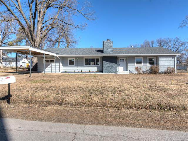 301 W Miami Street, Cleveland, OK 74020 (MLS #2105853) :: Hopper Group at RE/MAX Results