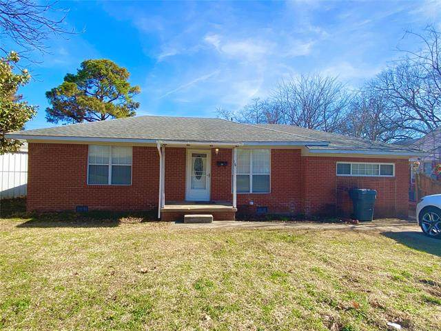 18 Turner, Ardmore, OK 73401 (MLS #2106487) :: 918HomeTeam - KW Realty Preferred