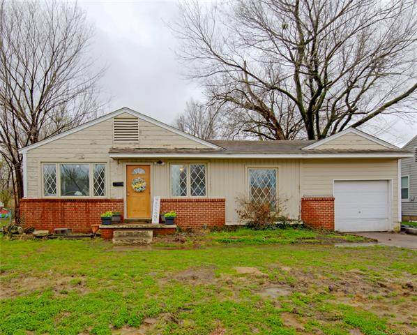 7334 E Marshall Street, Tulsa, OK 74115 (MLS #2108577) :: Hopper Group at RE/MAX Results