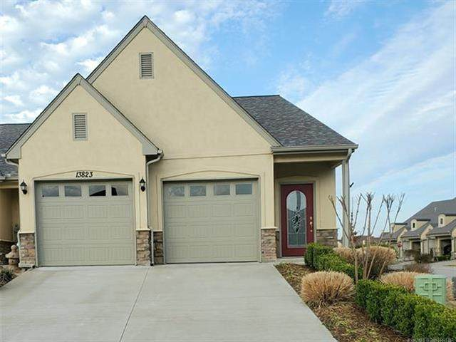 13823 E 104th Court North, Owasso, OK 74055 (MLS #2108839) :: Hopper Group at RE/MAX Results