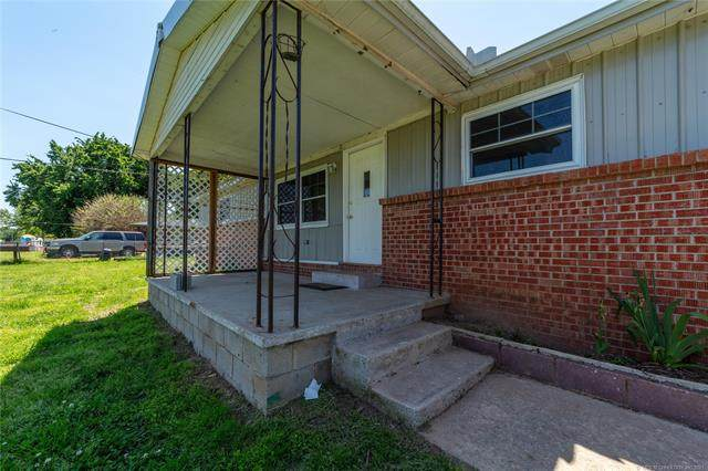 401 2nd Street, Indianola, OK 74442 (MLS #2109106) :: Hopper Group at RE/MAX Results
