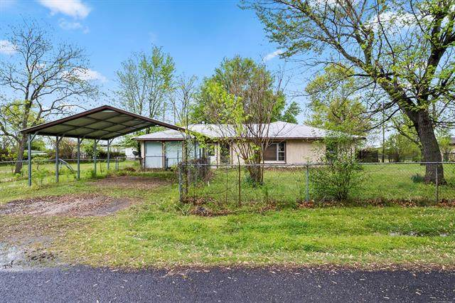31580 E 684 Drive, Wagoner, OK 74467 (MLS #2109891) :: Hopper Group at RE/MAX Results