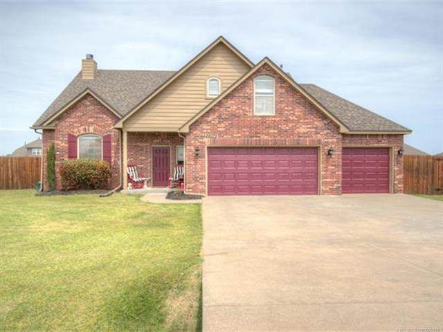 22073 E 115th Place S, Broken Arrow, OK 74014 (MLS #2109981) :: RE/MAX T-town