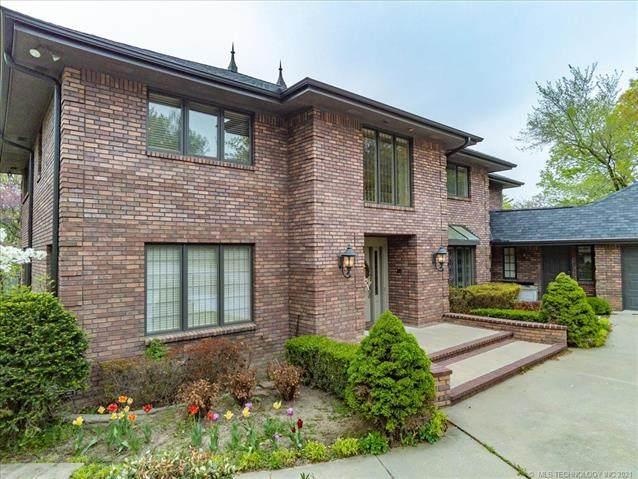 601 Oakridge Drive, Bartlesville, OK 74006 (MLS #2110074) :: 918HomeTeam - KW Realty Preferred