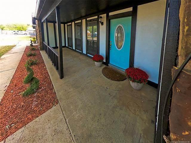 16720 E Newton Street, Tulsa, OK 74116 (MLS #2110292) :: Hopper Group at RE/MAX Results