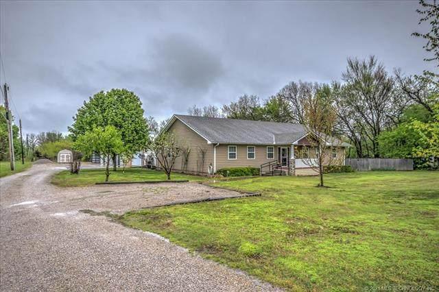 624 W Seminole Avenue, Nowata, OK 74048 (#2110675) :: Homes By Lainie Real Estate Group