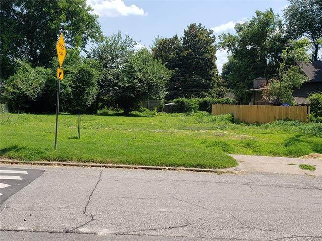 1520 E 33rd Street, Tulsa, OK 74105 (MLS #2111137) :: Hopper Group at RE/MAX Results
