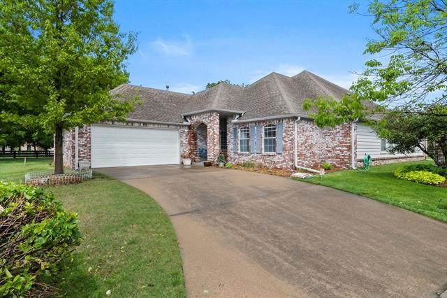 421 N Forest Ridge Boulevard, Broken Arrow, OK 74014 (MLS #2112121) :: Hopper Group at RE/MAX Results