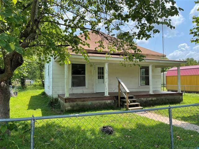 309 N 3rd Street, Porum, OK 74455 (MLS #2112319) :: 918HomeTeam - KW Realty Preferred