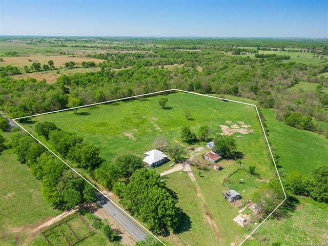 121 Rural Route 1, Delaware, OK 74027 (#2113003) :: Homes By Lainie Real Estate Group
