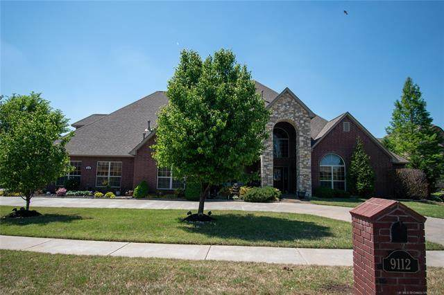 9112 N 139th East Avenue, Owasso, OK 74055 (MLS #2113077) :: Hopper Group at RE/MAX Results