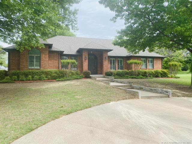 109471 S 4158 Road, Checotah, OK 74426 (#2113089) :: Homes By Lainie Real Estate Group