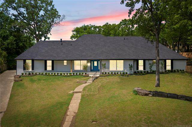2901 E 74th Street S, Tulsa, OK 74136 (MLS #2114221) :: Hopper Group at RE/MAX Results