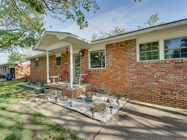 214 E 11th Street, Hominy, OK 74035 (MLS #2114399) :: Owasso Homes and Lifestyle
