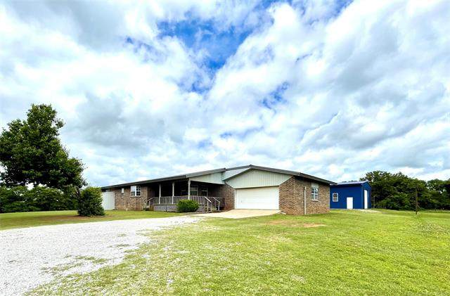 23697 E County Road 1700 Road, Elmore City, OK 73433 (#2114879) :: Homes By Lainie Real Estate Group