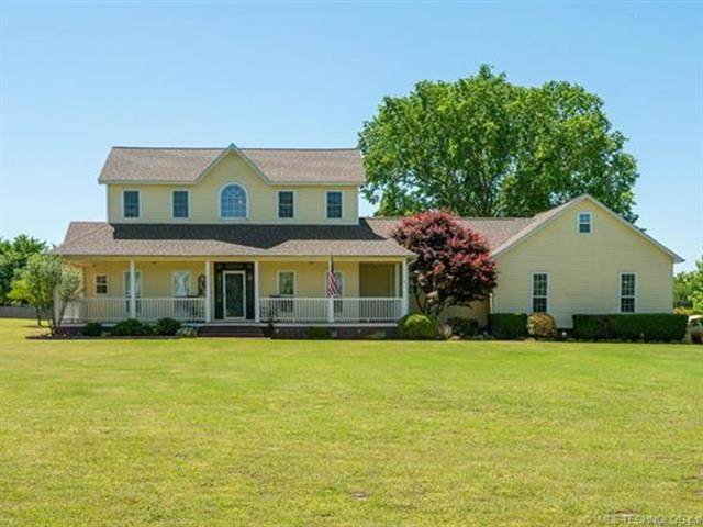 33060 E 703 Road, Wagoner, OK 74467 (#2115275) :: Homes By Lainie Real Estate Group
