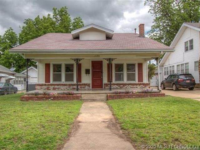 1239 E 10th Street, Okmulgee, OK 74447 (MLS #2115598) :: Hopper Group at RE/MAX Results