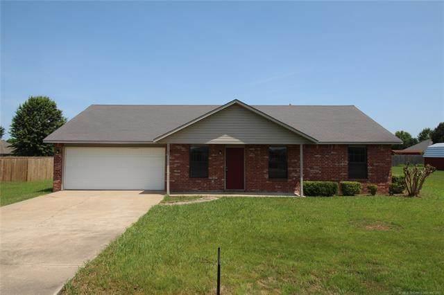 1107 Choctaw, Spiro, OK 74959 (MLS #2117020) :: Active Real Estate