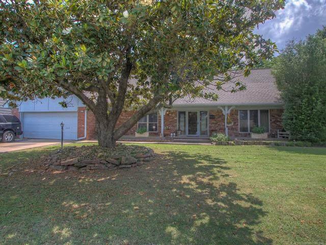 4771 S Hudson Place, Tulsa, OK 74135 (MLS #2117204) :: Owasso Homes and Lifestyle