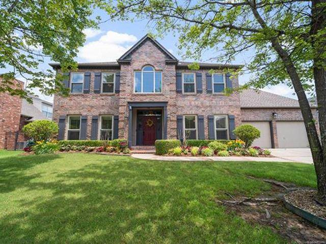 3805 S Butternut Avenue, Broken Arrow, OK 74011 (MLS #2118076) :: Owasso Homes and Lifestyle