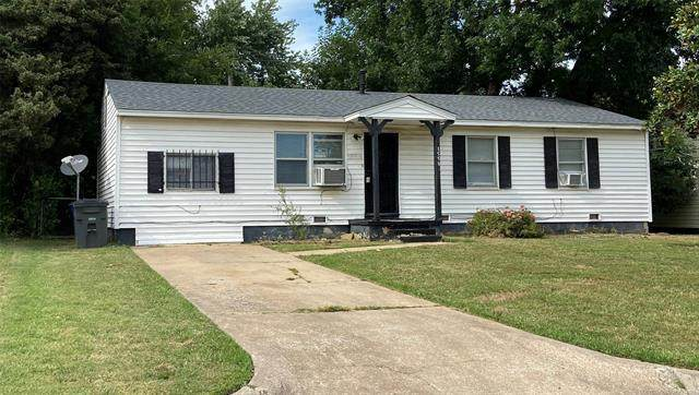 1553 E 53rd Street North, Tulsa, OK 74126 (MLS #2118133) :: 918HomeTeam - KW Realty Preferred