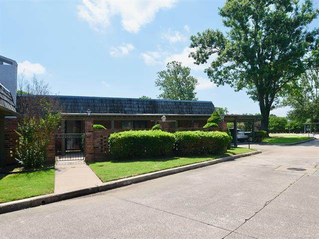3200 Price Road #5, Bartlesville, OK 74006 (MLS #2118641) :: Active Real Estate