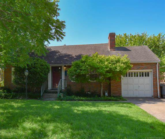 1240 E 30th Street, Tulsa, OK 74114 (MLS #2119435) :: 580 Realty