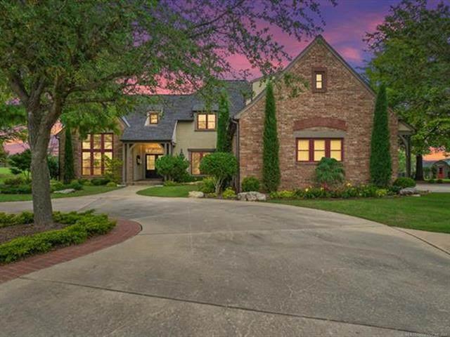 2717 E 130th Street S, Bixby, OK 74008 (MLS #2120148) :: Owasso Homes and Lifestyle