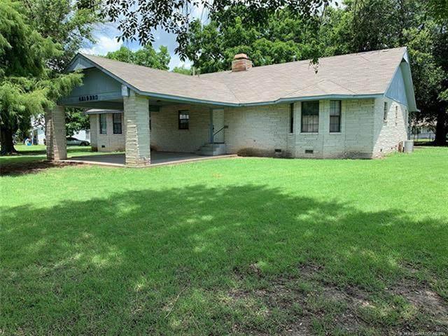 421 S 3rd Street, Morris, OK 74445 (MLS #2121324) :: 580 Realty