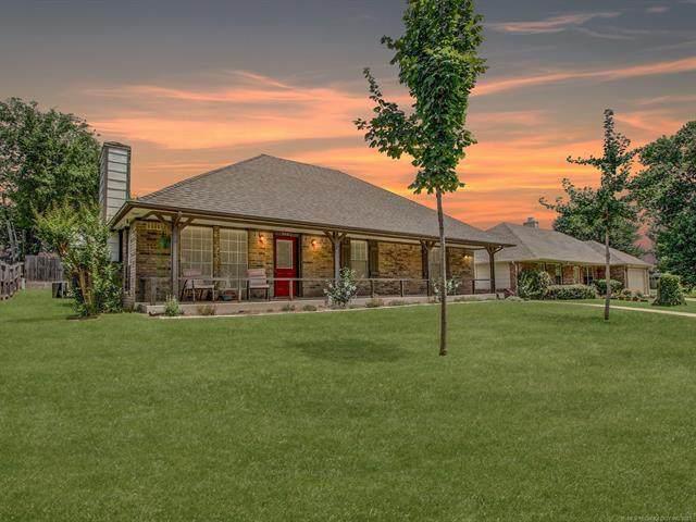 3843 E 51st Place, Tulsa, OK 74135 (MLS #2122505) :: Active Real Estate