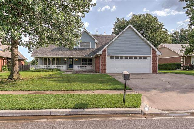 12505 E 77th Place N, Owasso, OK 74055 (MLS #2123047) :: Hopper Group at RE/MAX Results