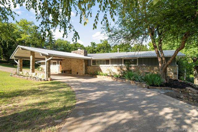 1221 Crestwood Drive, Muskogee, OK 74403 (MLS #2123243) :: Owasso Homes and Lifestyle