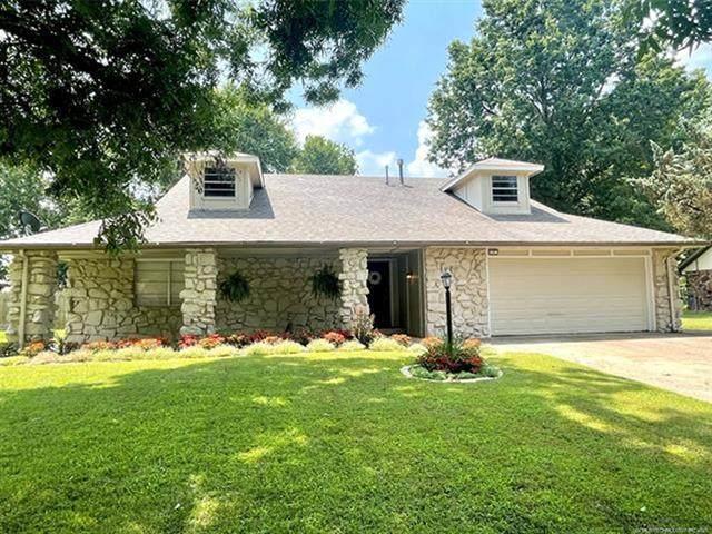 117 W Timberlane Street, Broken Arrow, OK 74011 (MLS #2123874) :: 918HomeTeam - KW Realty Preferred