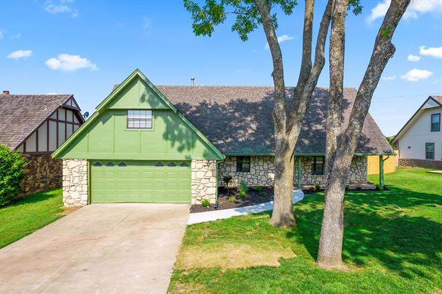 8446 S 73rd Avenue, Tulsa, OK 74133 (MLS #2124032) :: Hopper Group at RE/MAX Results